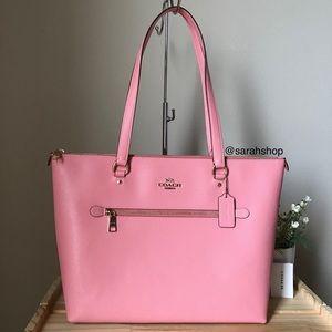 ✅Coach purse